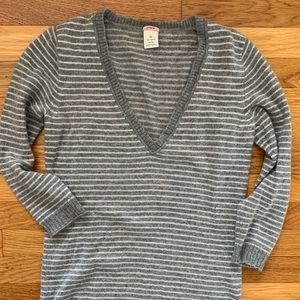 100% Cashmere V-Neck J.Crew Sweater